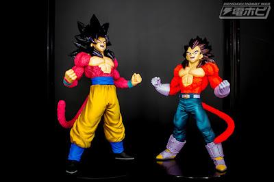 Son Goku SS4 Blood Of Saiyans III y Vegeta SS4 Blood Of Saiyans IV de Dragon Ball GT