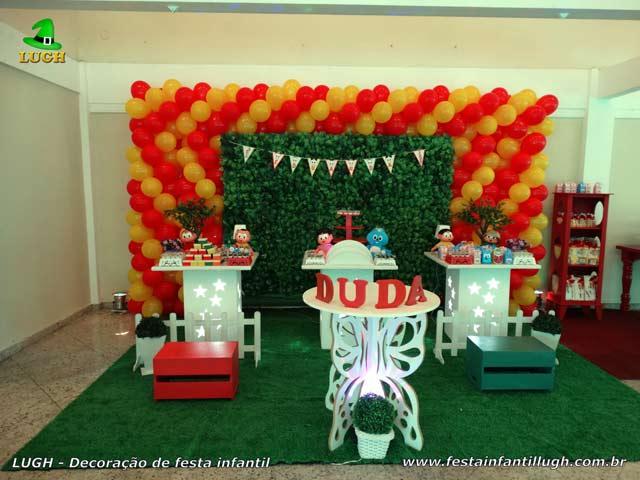 Decoração provençal Turma da Mônica com muro inglês - Festa de aniversário infantil