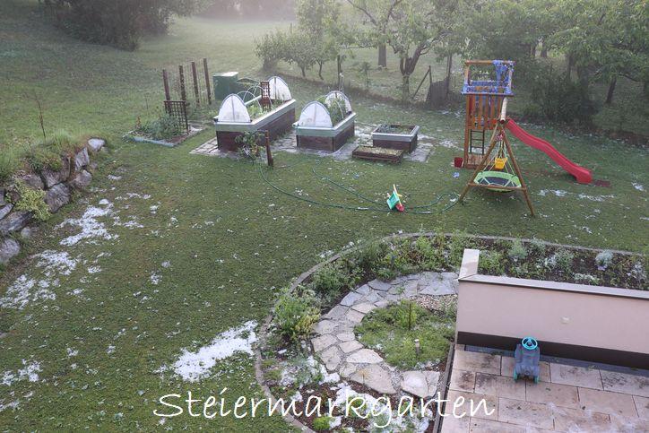Hagelschaden-im-Garten-Steiermarkgarten