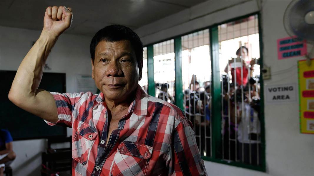 Duterte allocates P1 billion to kill, arrest 200 drug lords
