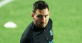 Revealed: Messi 'could've left Barca for €0' already in January