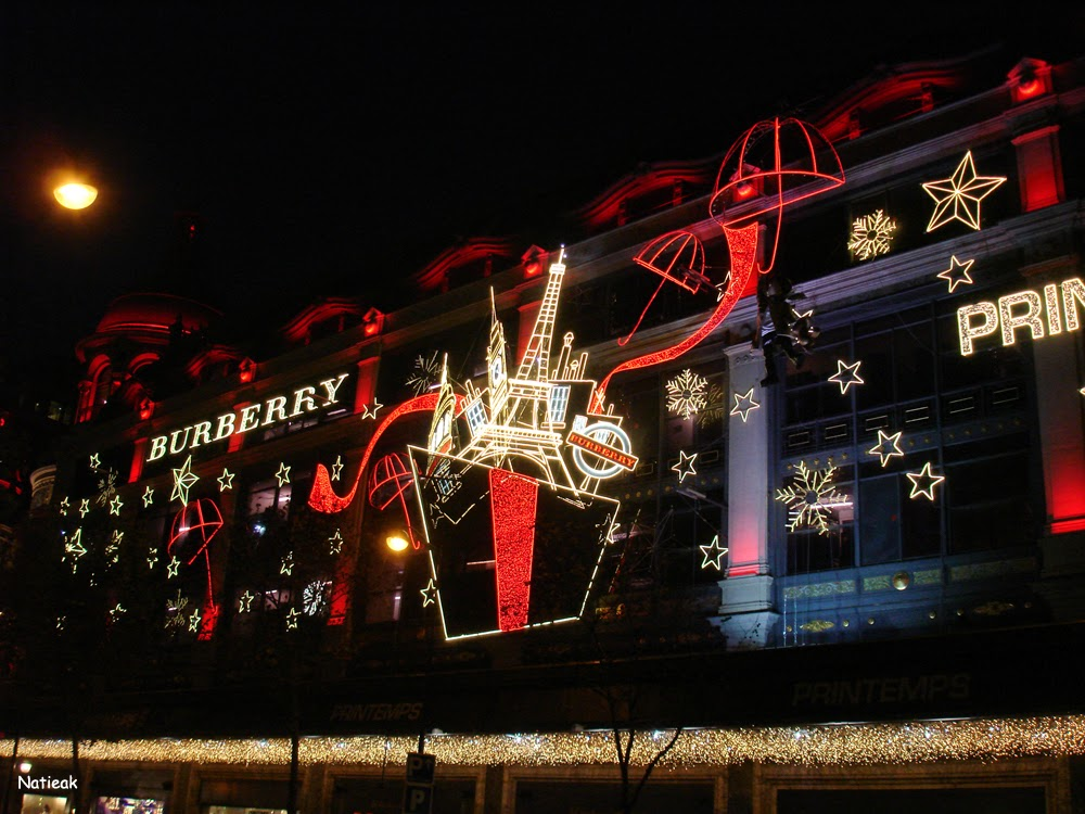 Burberry Noël 2014 Illumination de Noël 2014 Au Printemps