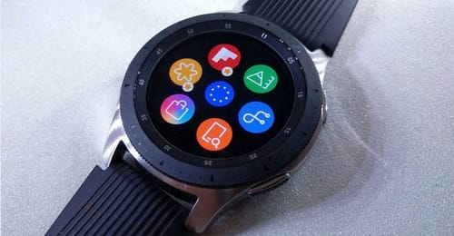 Why should Samsung switch to Wear OS and take advantage of it?