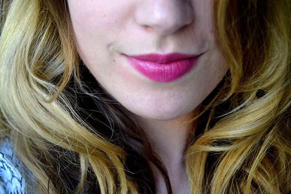 Màu hồng cánh sen là màu môi đẹp đang được ưa chuộng