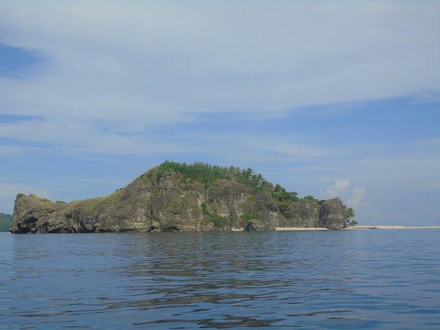 Zambales Island Hopping Island