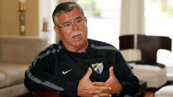 Málaga, piden que el nombre de Martín Aguilar aparezca en la puerta de autoridades