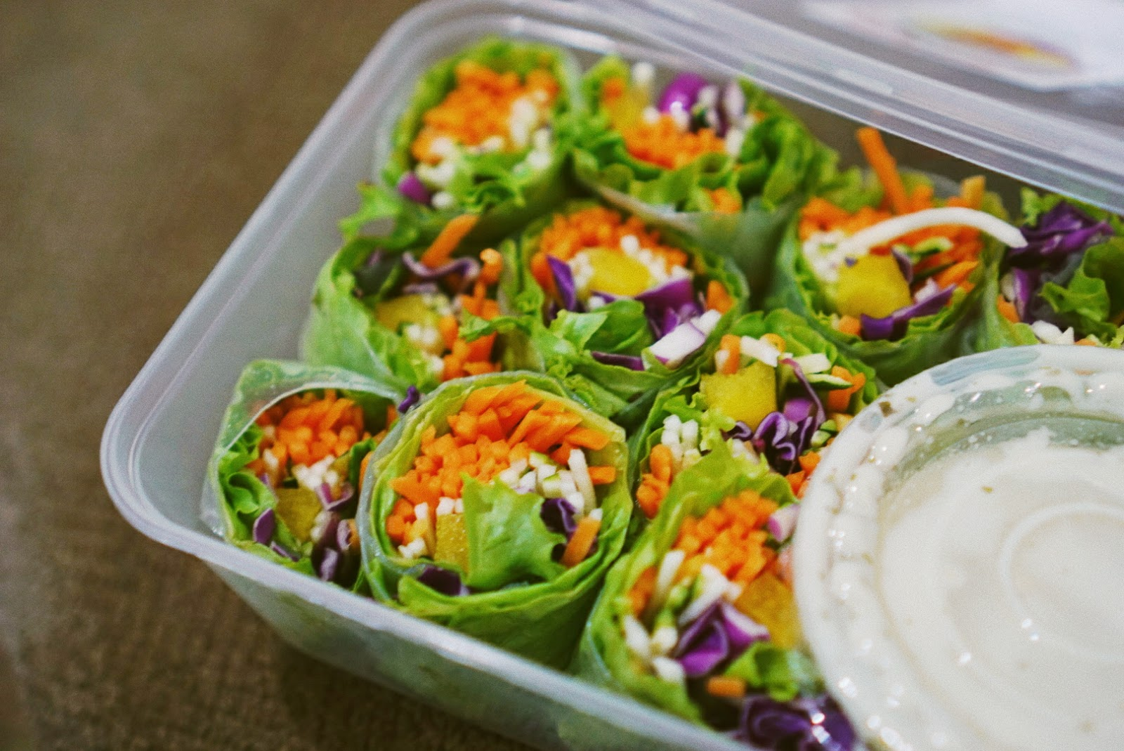 Serasa Salad Bar = Sekotak Pelangi Bernutrisi - Salad Roll