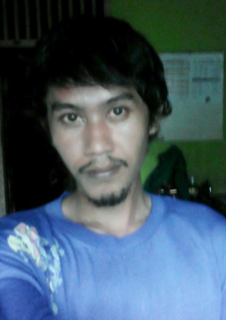 Idwan Bontot Pria Karawang Jawa Barat Cari Jodoh