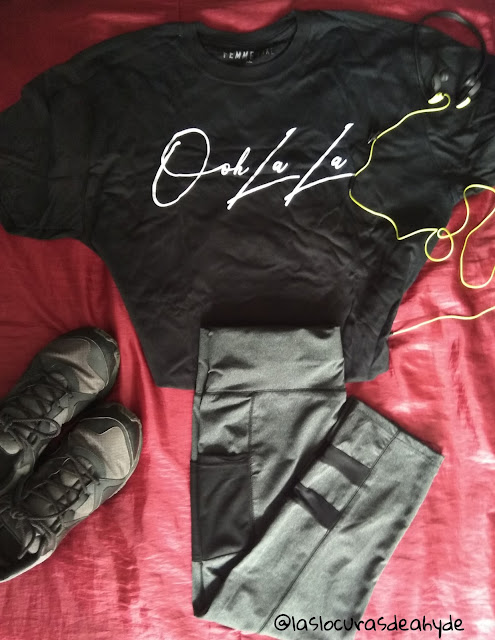 camiseta negra oh lala