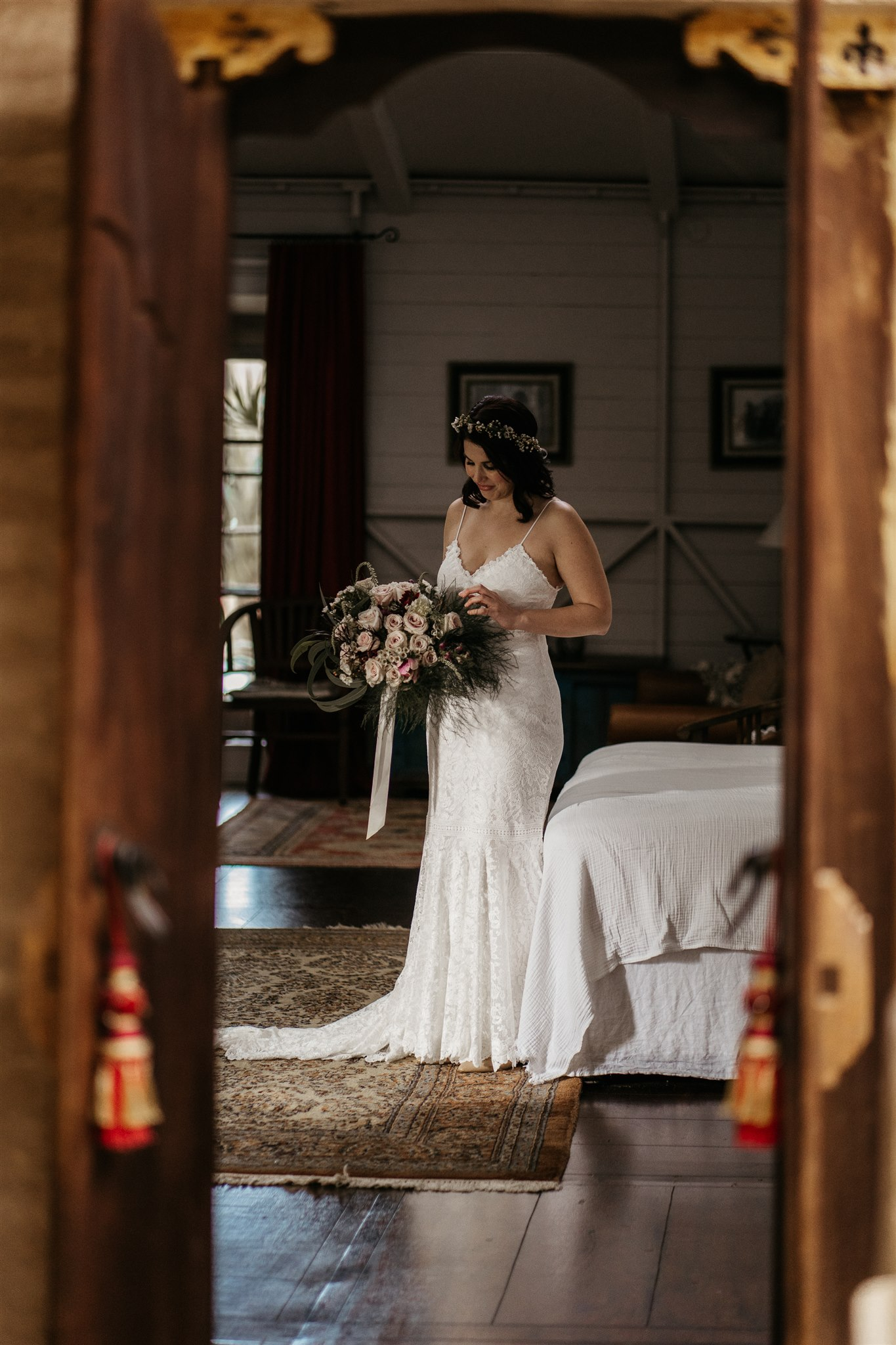 wander and follow images byron bay weddings photography venue bridal gown bouquet