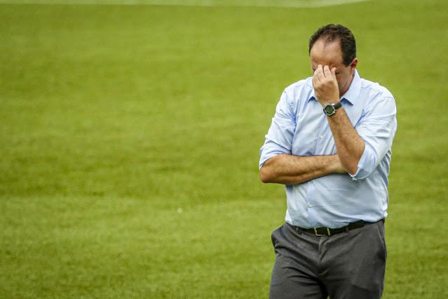 Após derrota do Flamengo, Ceni diz que Gabigol