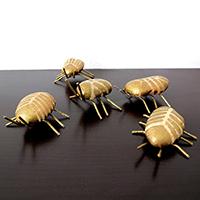 http://www.ohohdeco.com/2014/09/diy-beetles-stones.html