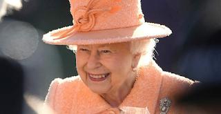 Τι δεν μπορείς να κάνεις ή να πεις μπροστά στην βασίλισσα Ελισάβετ