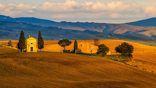 Experience Tuscany: A Cultural and Culinary Journey - 2015