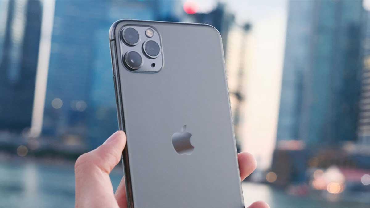 سعر iPhone 11 في المملكة العربية السعودية