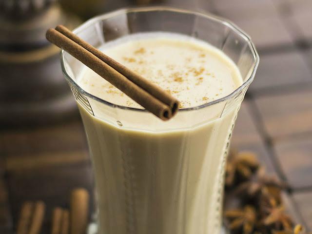 smoothie-od-jogurta-i-vanile