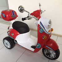pmb m338 Scoopy motor mainan