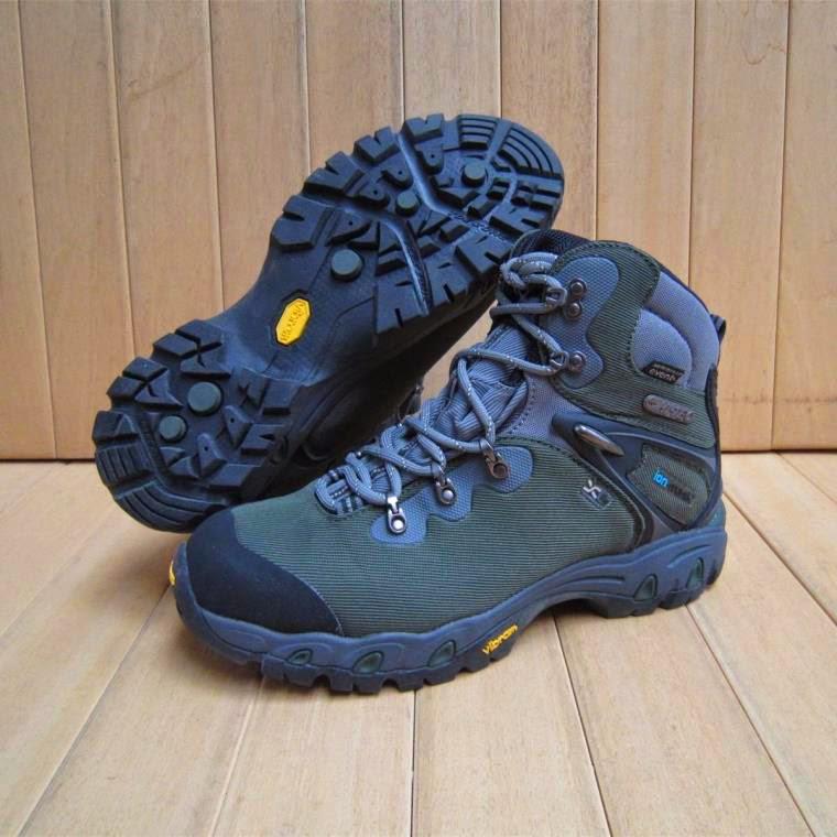 Rekomendasi Sepatu Gunung Terbaik Di Dunia Himala Unma Banten