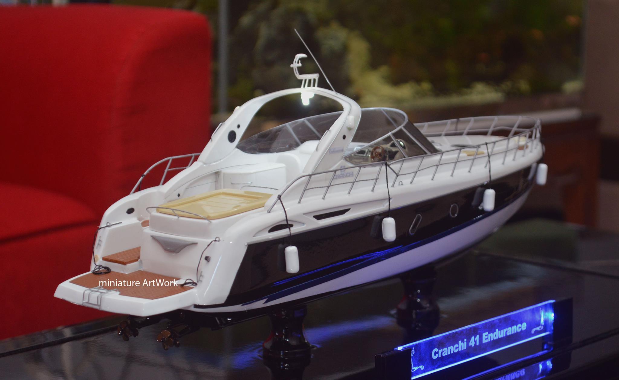 pembuat produsen pengrajin miniatur kapal cranchi 41 endurance planet kapal indonesia rumpun artwork terpercaya