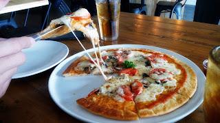 head_on_cafe_head on cafe_restaurant_Resto_rumah makan_surabaya_chippeido_amanda_kohar_laura_angelia_laurangelia_www_foodie_instagram_foodporn_hastag_food_kuliner_culinary_kuliner surabaya_sby_indonesia_indonesian_chinese_asian_love_life_like_bae_boyfriend_date_valentine_dinner_lunch_lover_pig_pink_jack magnifico_karina_candra_chandra_nikita_kusuma_futari_thesisterdiary_sister_diary_the_medan_singapura_chintya_chippeido_chintya marcheline_sendy_setiawan_sendy setiawan_date