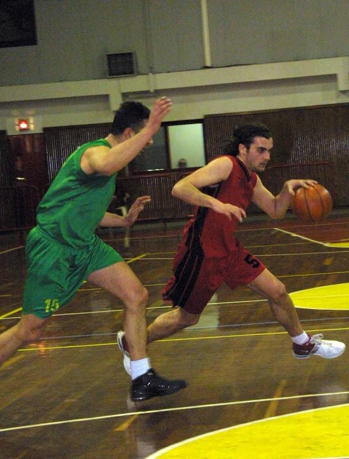 Ρετρό: Φωτορεπορτάζ από τον αγώνα Απόλλων Καλαμαριάς-Πυρσός Αγίας Τριάδας για την Α΄ ΕΚΑΣΘ ανδρών την περίοδο 2004-2005