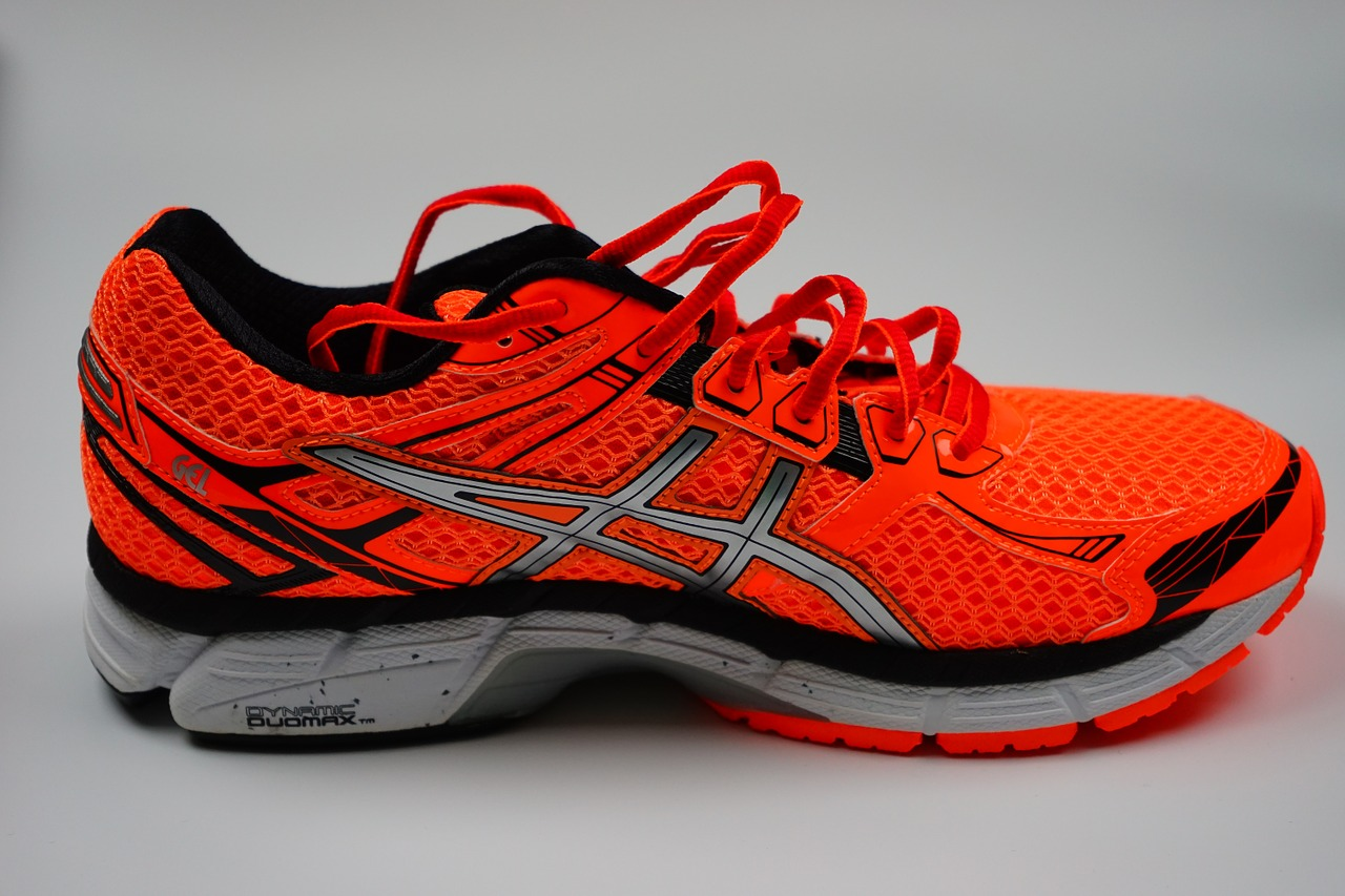 differenze scarpe running asics