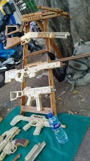 Mainan Unik Pistol Karet Gelang (Rubber Band Gun)
