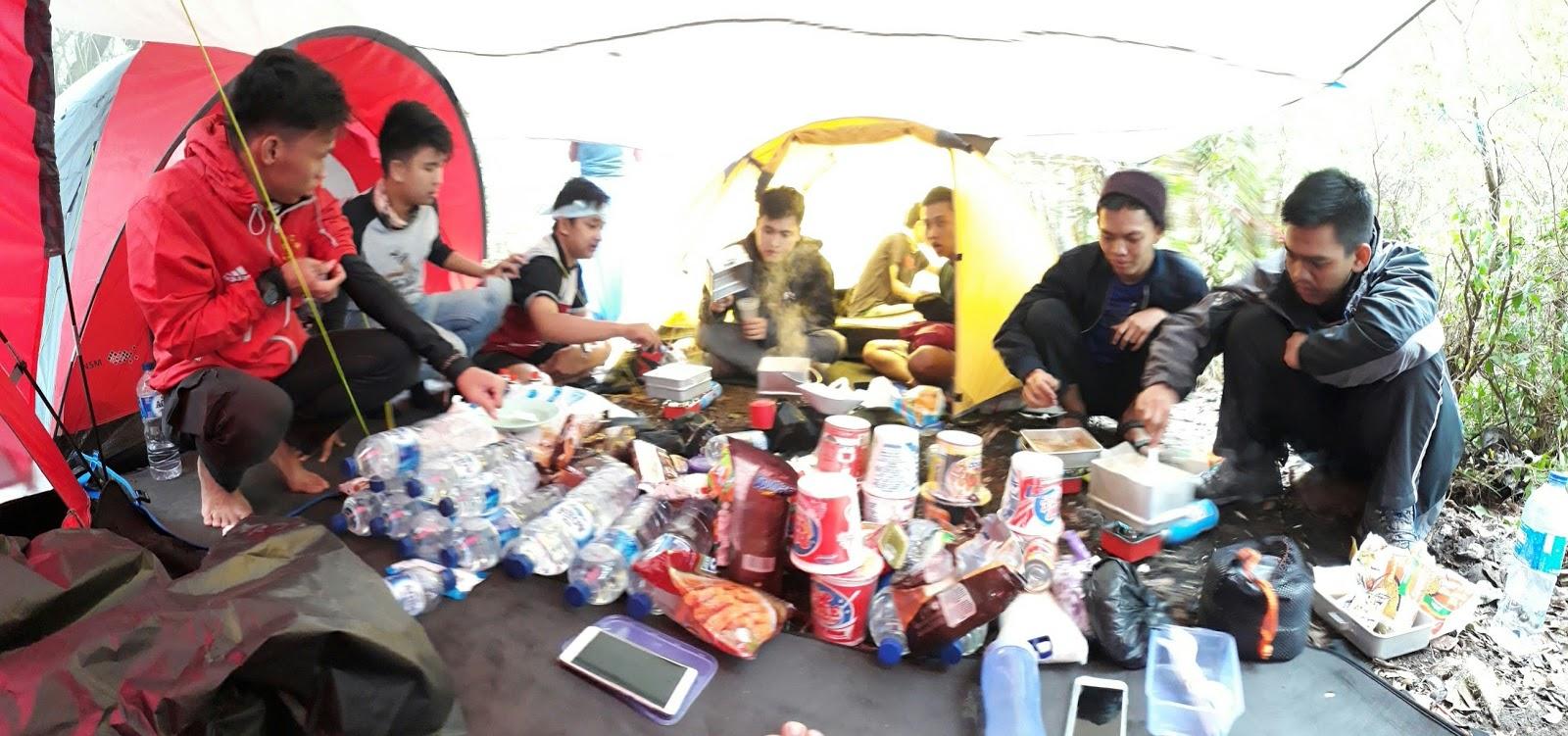 camp gunung gede