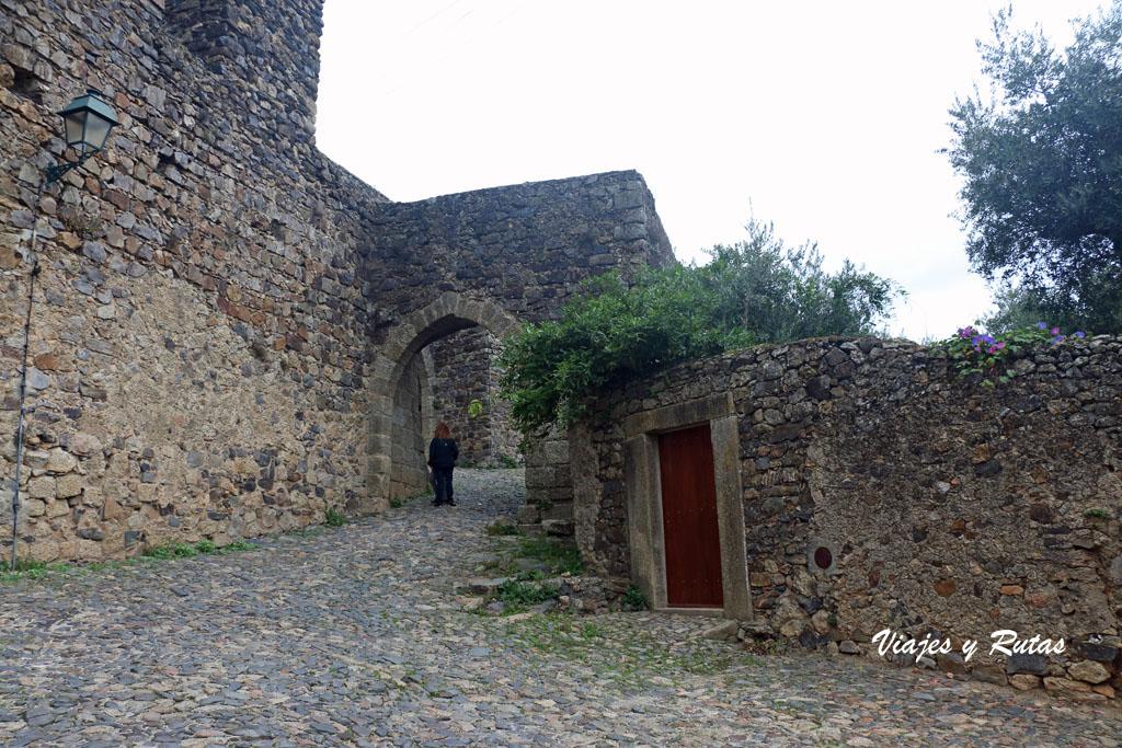 Entrada al Castillo de Castelo de Vide