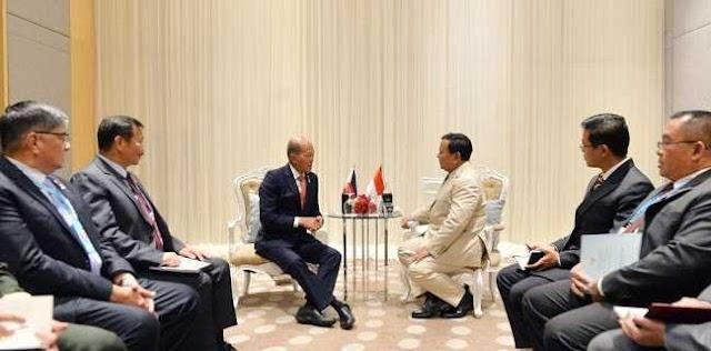 Bertemu Menteri Pertahanan Filipina, Prabowo Tawarkan Tank Harimau Pindad