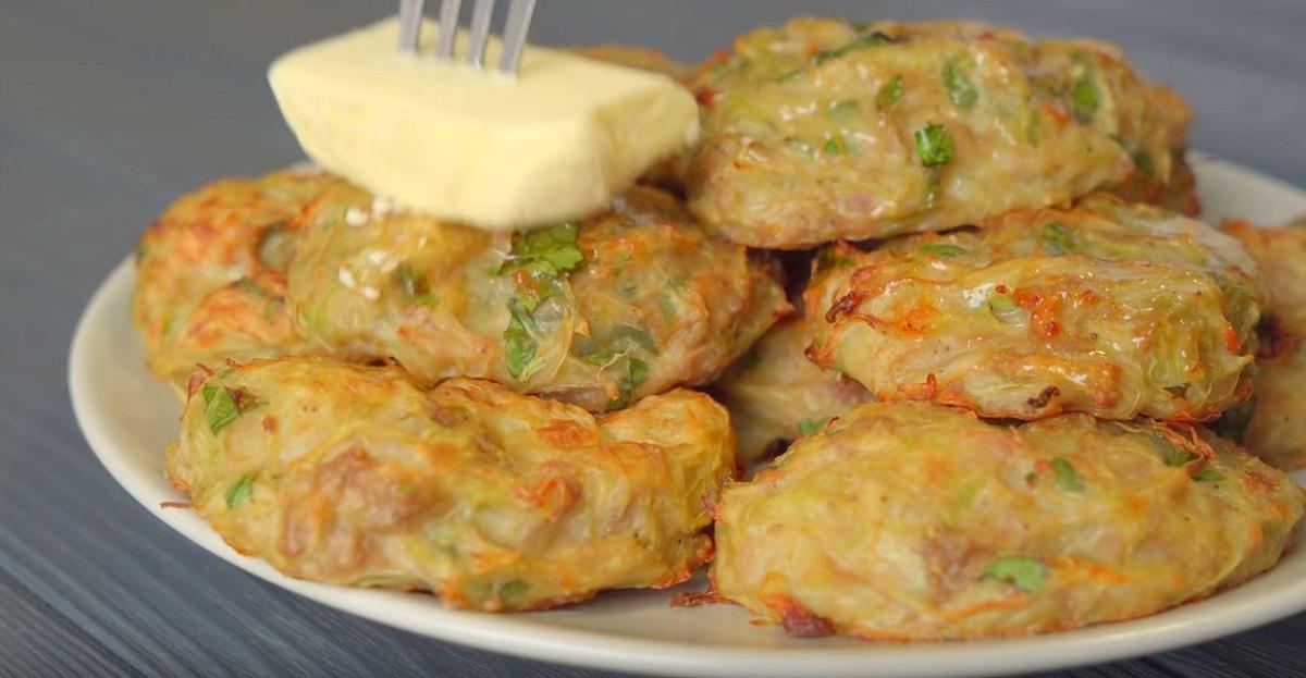 300 гр. капусты, 1 яйцо и 150 гр. фарша: самые простые и вкусные капустные котлетки