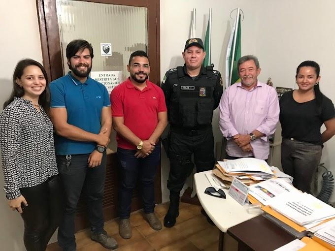 Prefeito Deusdete Gomes se reúne com comandante do 2ª CPM para tratar sobre segurança no Carnaval de Angicos