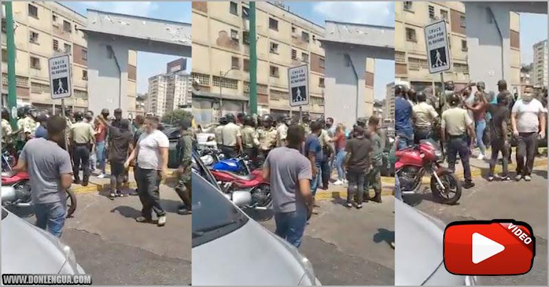 Policías y Guardias se caen a golpes por llenar sus tanques de gasolina