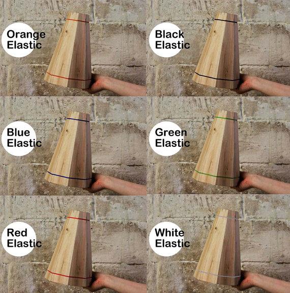 L mpara colgante con tablas de palets - Lamparas con palets ...