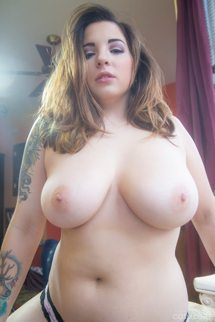 topless Busty amateur model