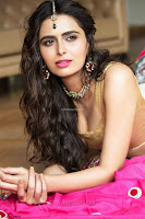 Meenakshi Dixit Unseen beautiful Stills from her movies ~  Exclusive Pics 007.jpg