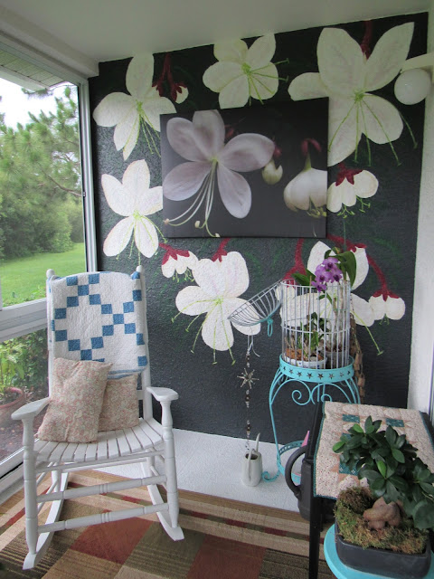 Hand painted flower wall on condo lanai wall