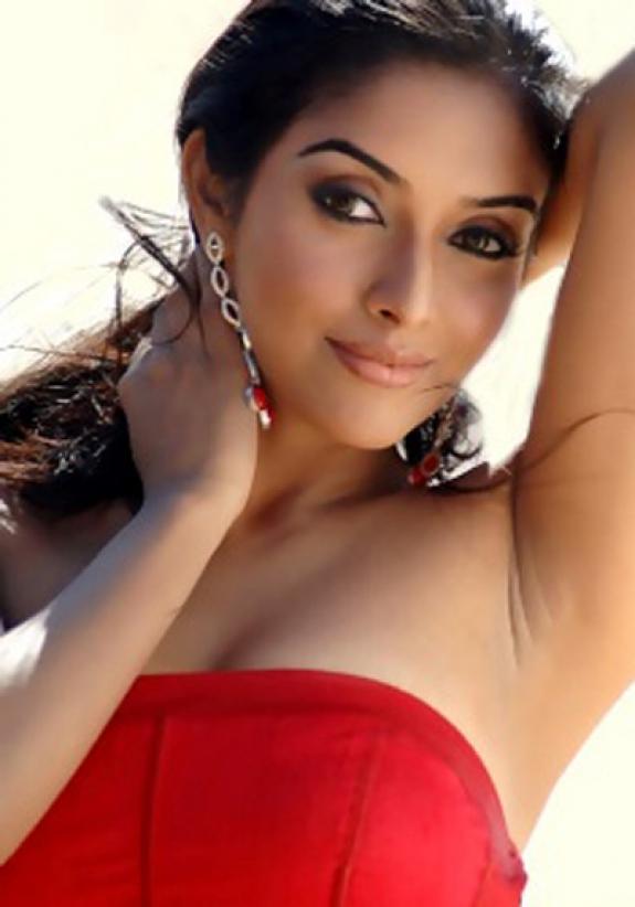 Asin Hot Bollywood Actress, Asin Tamil Hot Actress Photos -8366