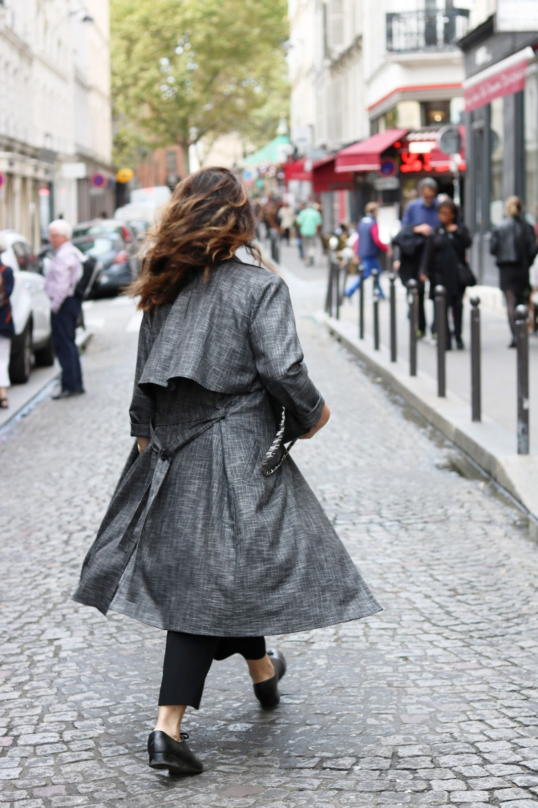 Le Chateau trench coat Aritzia trousers paris travel outfit