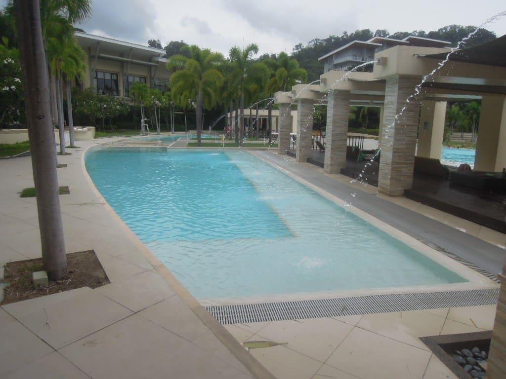 Kiddie pool at Pico de Loro Beach & Country Club