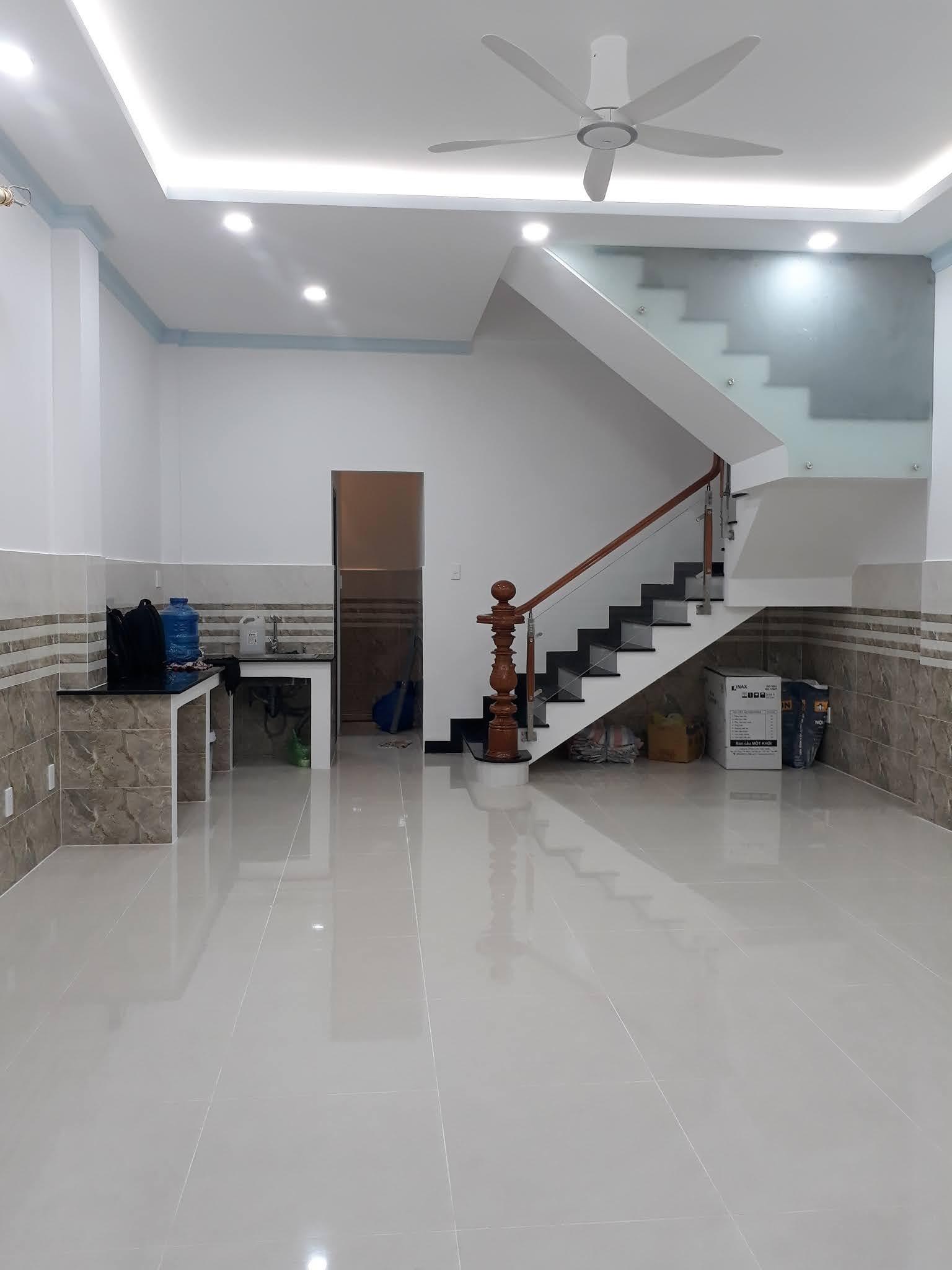 Bán nhà gần mặt tiền đường Lê Quang Định P7 quận Bình Thạnh Nhà mới xây cực đẹp
