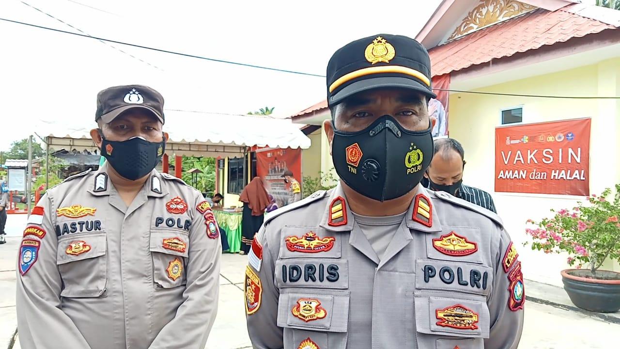 Peringati HUT Bhayangkara ke 75, Polsek Daek Lingga Gelar Vaksinasi Massal