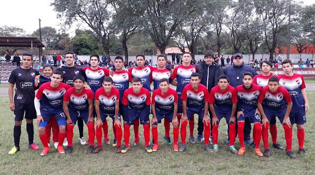 Nacional tricampeón en la división juvenil