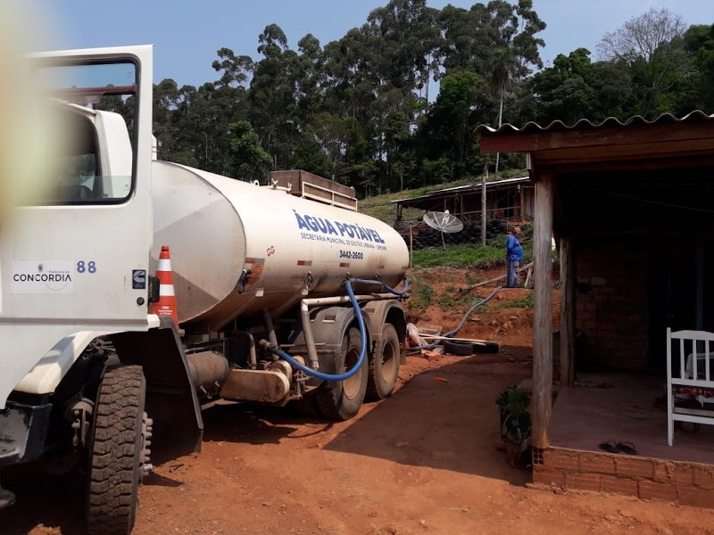 Concórdia deverá decretar situação de emergência devido a estiagem a falta de água para abastecimento de propriedades no interior
