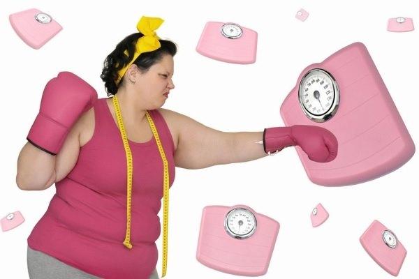 Thu gọn 10cm vòng eo chỉ với 1 ly nước ép giảm béo bụng mỗi tối