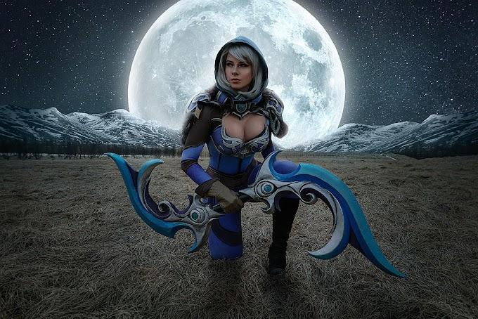 Anastasya Zelenova con su cosplay de Luna