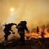 Nem bírnak a hatalmas erdőtűzzel, halálos áldozatok is vannak