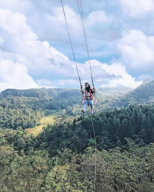 Yakin kalian berani? Ayunan langit watu jaran Yogyakarta