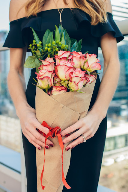 Lifestyle DIY Flower Bouquet | by The Fox and She Chicago Style Blogger