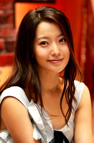 Korean Actress Kim Hee Sun
